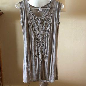 Beige shirt with design